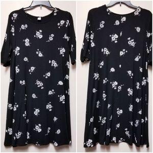 Old Navy Swing Dress Black Daisy Print Large